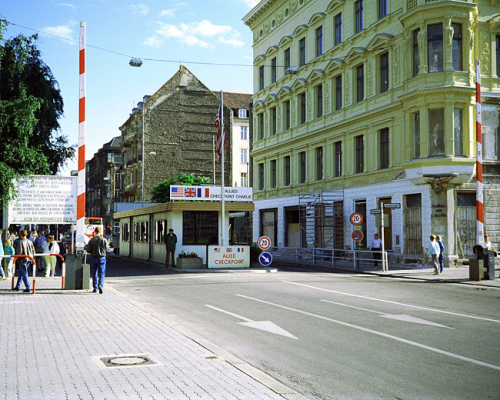 checkpoint-charlie-communist-east-side