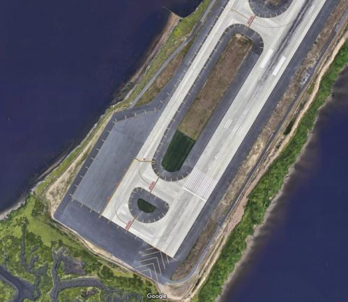 JFK airport runway 4L